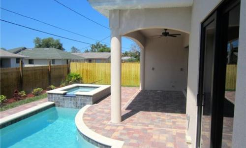 Naples FL – I love this vacation Home and you are in Luck! Available Feb & March 2015
